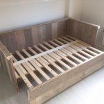 custom beds frames